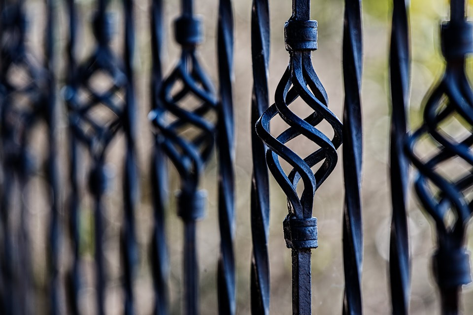 Metal fencing contractor Salt Lake City